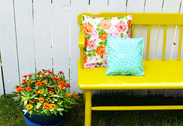 DIY oilcloth pillows | Farm Fresh Therapy for The Nest.jpg