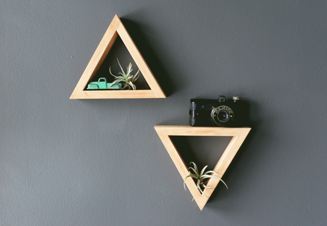 DIY triangle shelf | Farm Fresh Therapy for The Nest.jpg